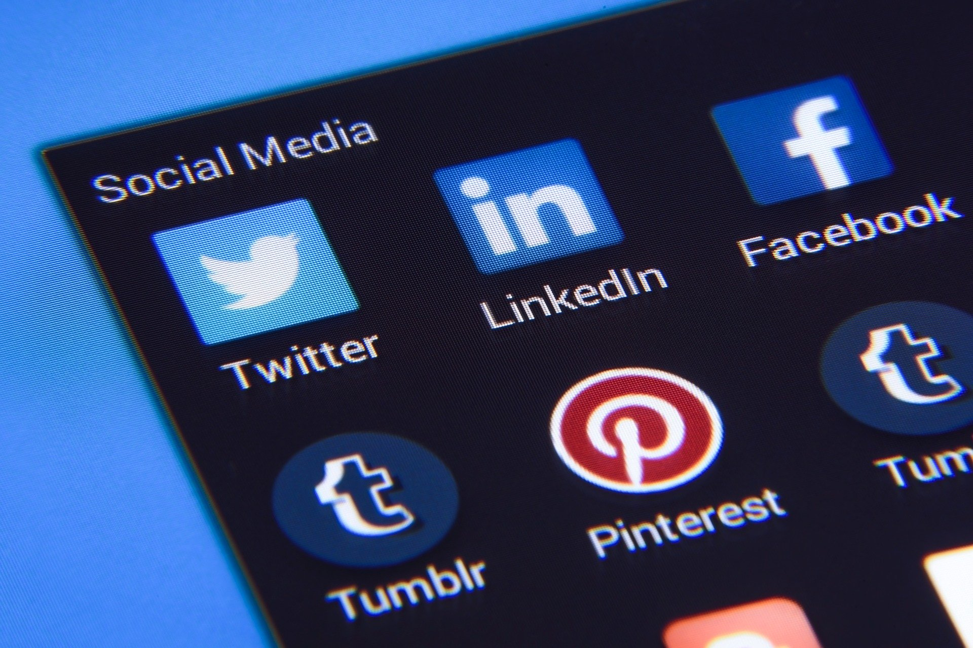 5 Ways To A PR-Worthy Company Linkedin Page